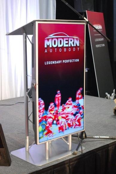 Website-example-LCD-Podium-Modern-Auto-Body-2015
